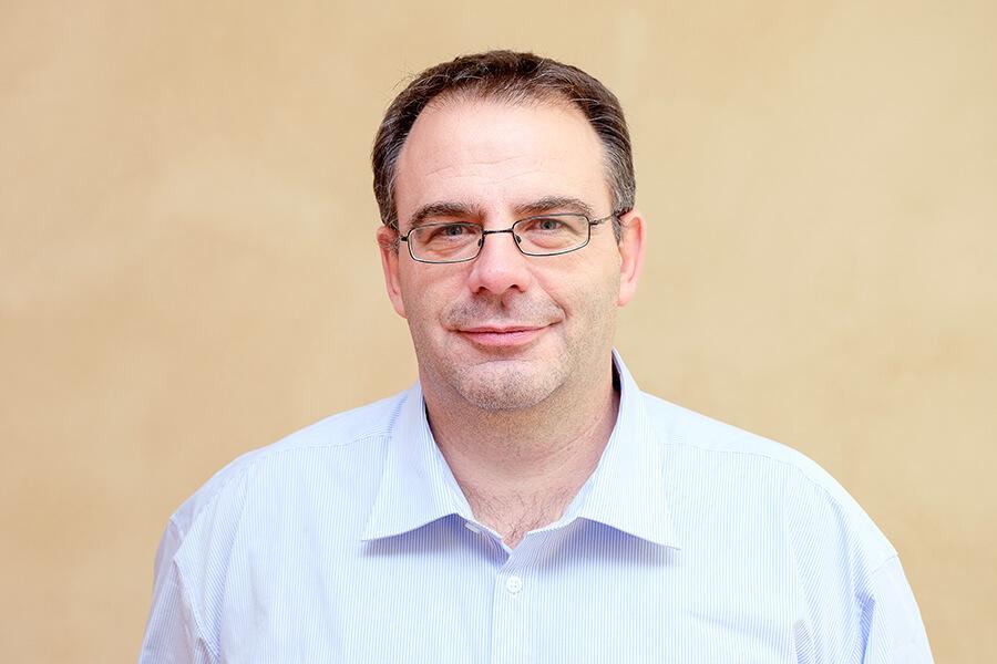 Marcel Maltz, Empfang und Mitgliederservice bei der MWG