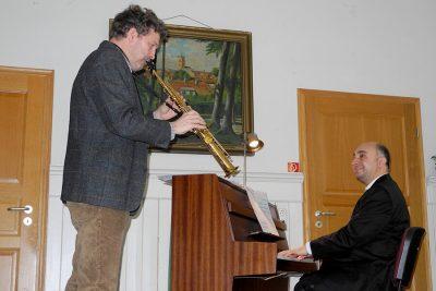 Ramin Varzandeh vom Opernchor und Robert Merwald, Sänger der Theater und Orchester GmbH Neubrandenburg / Neustrelitz gaben einen würdigen Neujahrsauftakt.